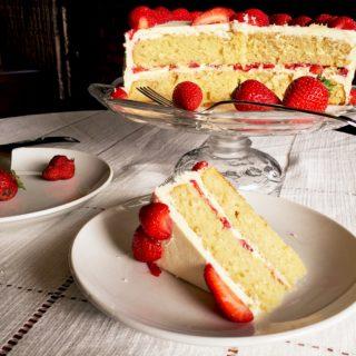Vanilla-Strawberry Cake featured