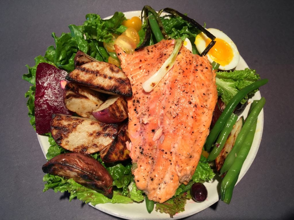 Grilled Salad with Salmon Nicoise