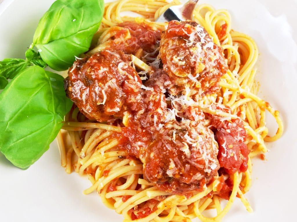 Easy Spaghetti and Meatballs Marinara