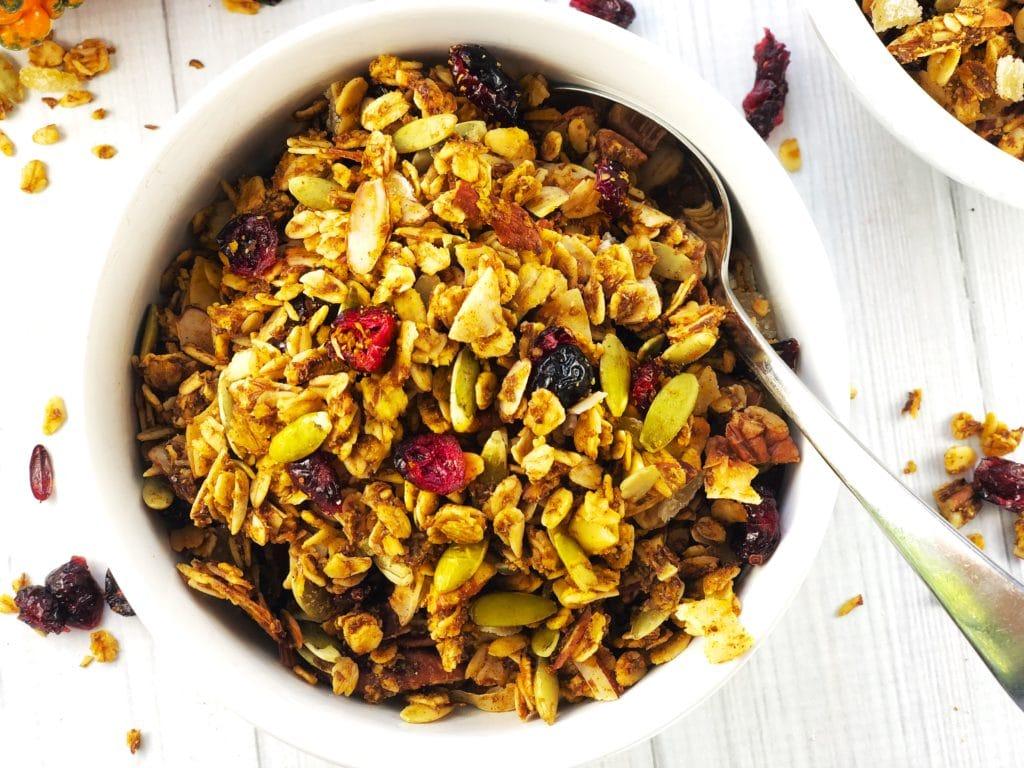 Healthy Bowl of Pumpkin Spice Granola