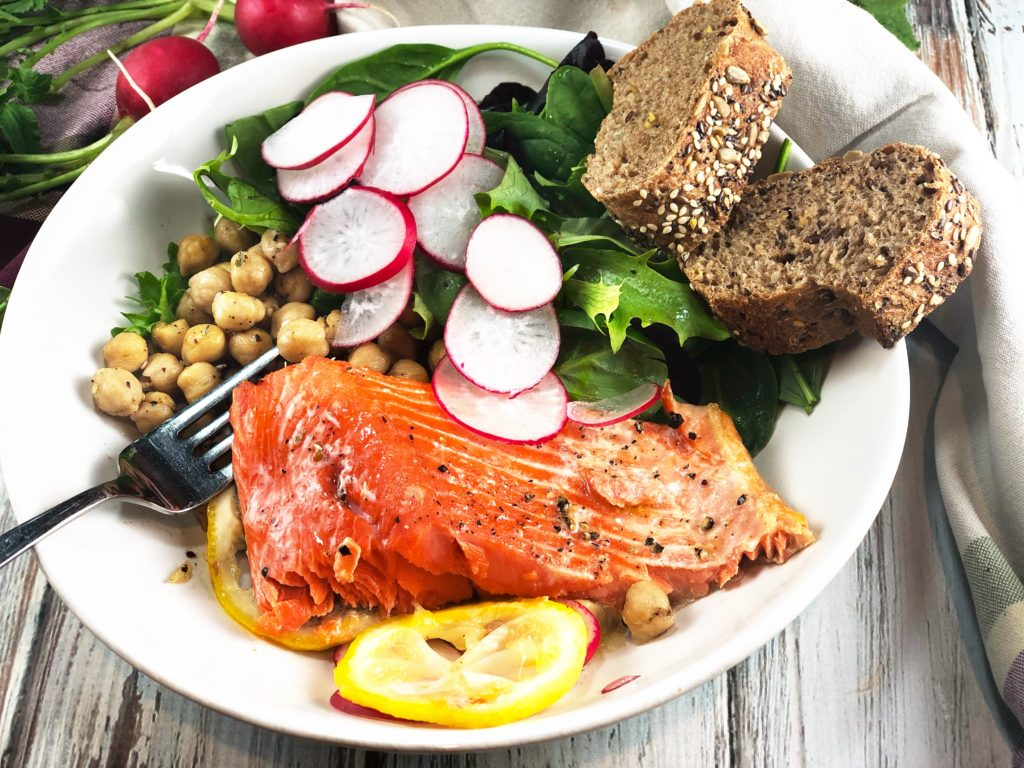 Lemon Salmon Za'atar Chickpea Bowl