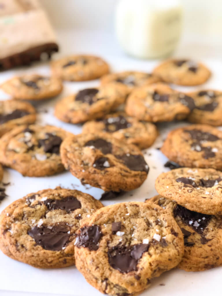 recipe for Tahini cookies with chocolate chips
