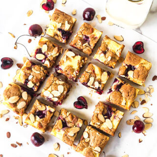 featured image Cherry Cheesecake Blondies