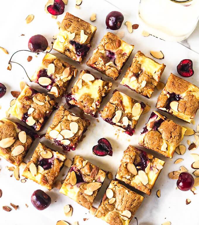 featured image Cherry Cheesecake Blondies