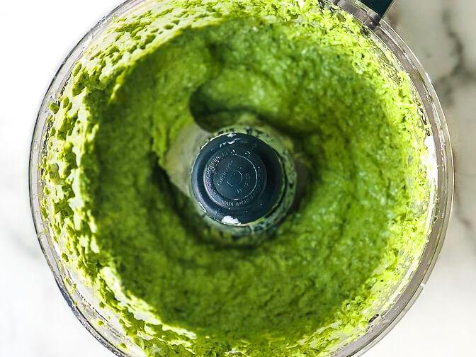 Processed Yogurt Spinach Sauce
