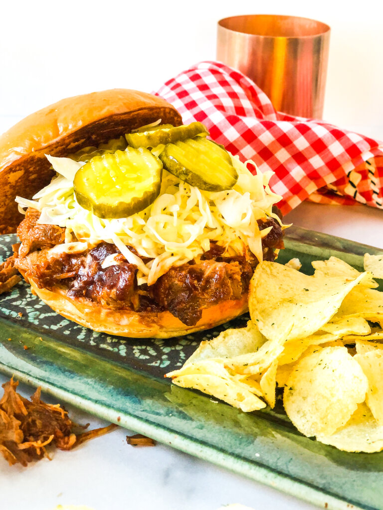 Easy homemade Bbq Pulled Pork Sandwiches