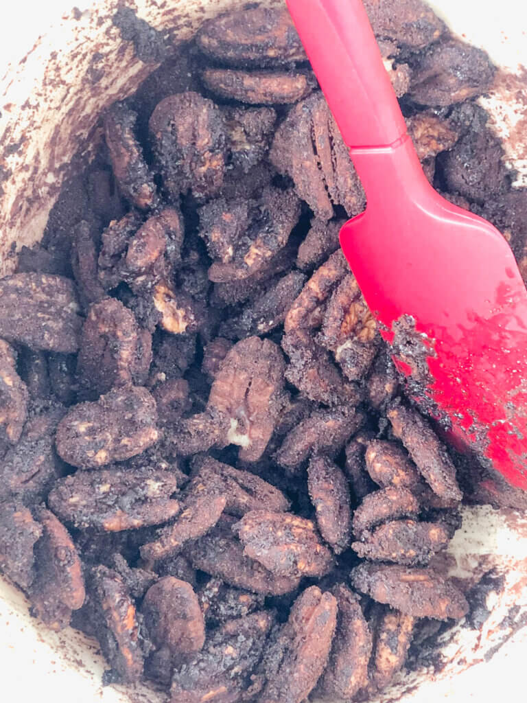 Pecans coated with spice mixture