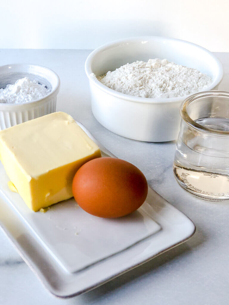 Ingredients for shortcrust include Confectioners sugar, flour, water, egg, butter